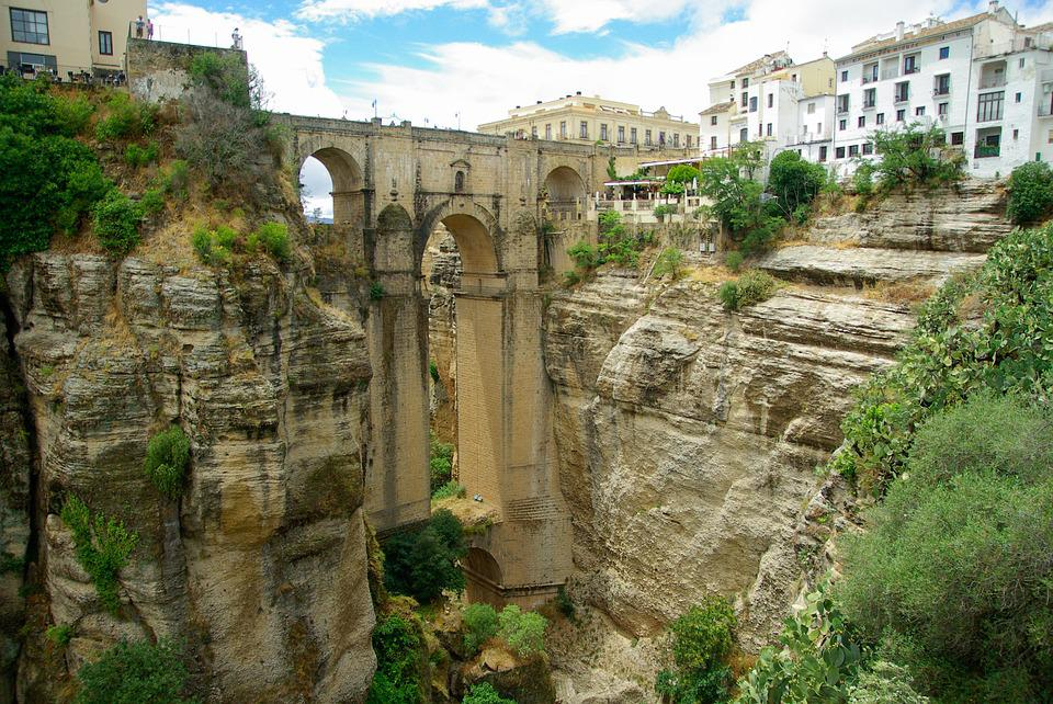 Spain, Andalusia, Ronda, Bridge, Canyon