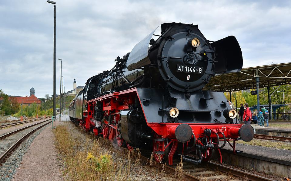 Steam Locomotive, Special Crossing, Railway Station
