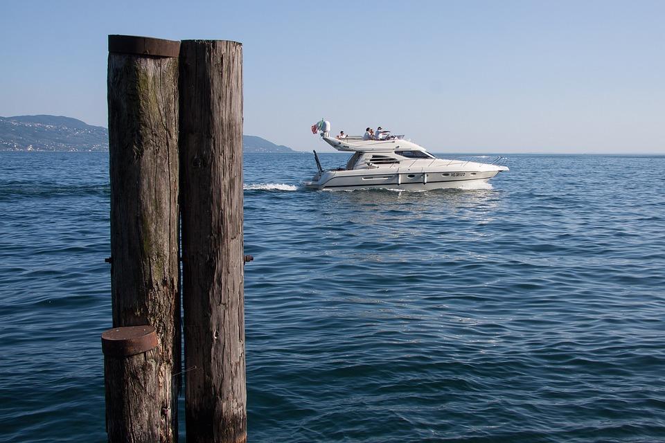 Speedboat, Powerboat, Motorboat Sports, Garda, Lake