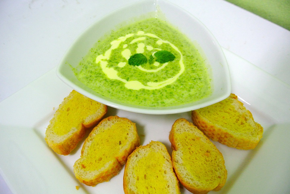 Food, Soup, Spinach Soup, Bread, Vegetables, Breakfast