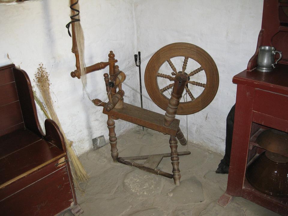 Spinning Wheel, Antique, Wood