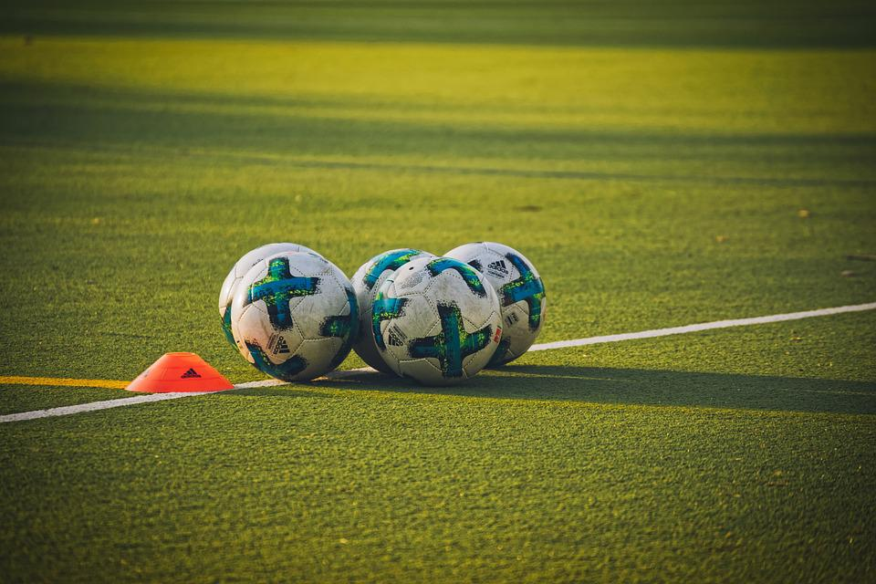 Footballs, Balls, Sport, Football, Football Pitch, Play