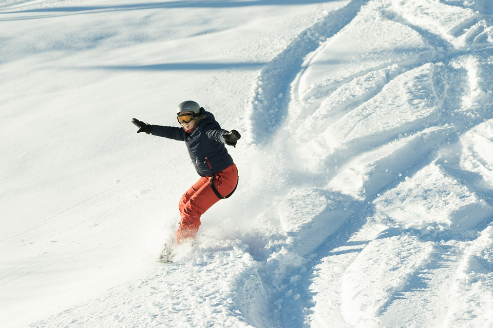 Snowboarder, Girl, Happy, Snowboard, Mountains, Sports