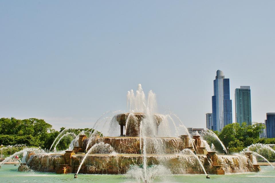 Buckingham Fountain, Sprinklers, Water, City, Buildings