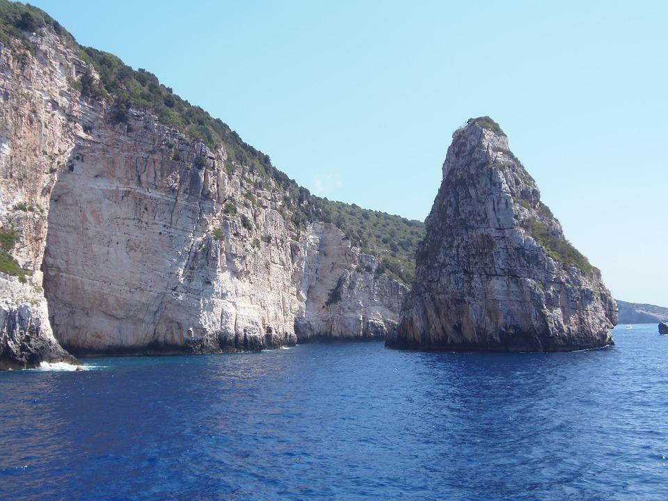 Paxos, Sea, Spylia
