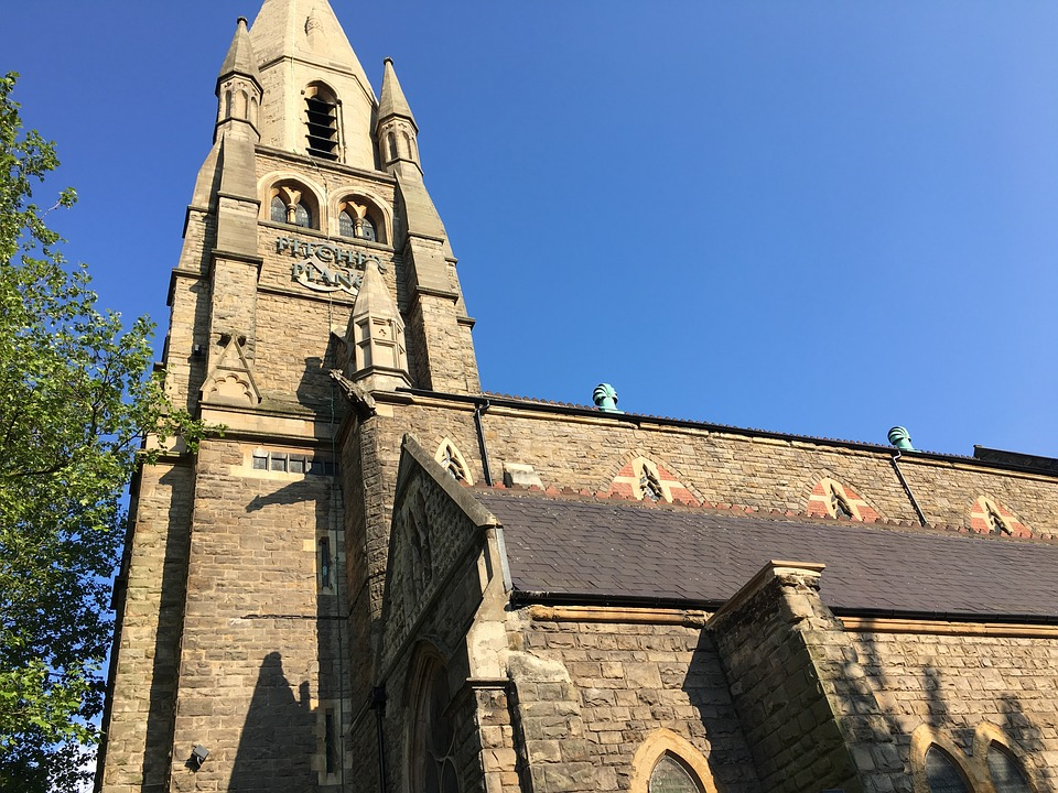 Nottingham, St Barnabas Cathedral, Architecture, Church