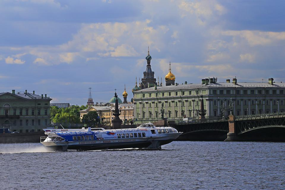 St Petersburg, City ​​on The Neva, Russia