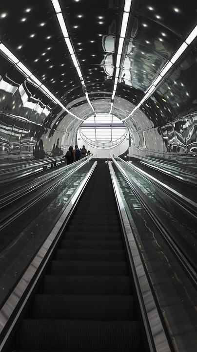 Metro, The Station, Tubetunel, Excalator, Stairs