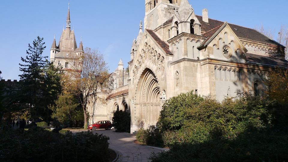 Stanley L Church, Vajdahunyad Castle, Budapest