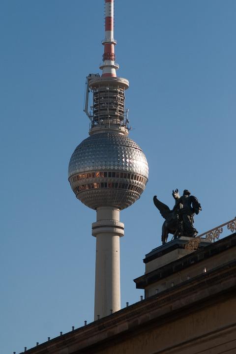 Hotels In Berlin, Germany, Tv Tower, Nearby, Statue