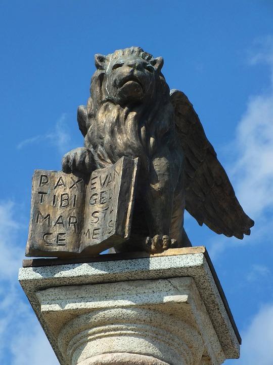 Salo, Garda, Italy, Markus Löwe, Statue, Bronze
