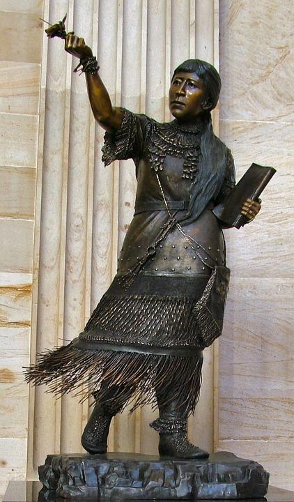 Statue, Native, Advocate