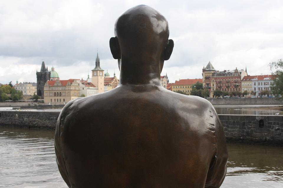 Prague, Statue, Shoulders
