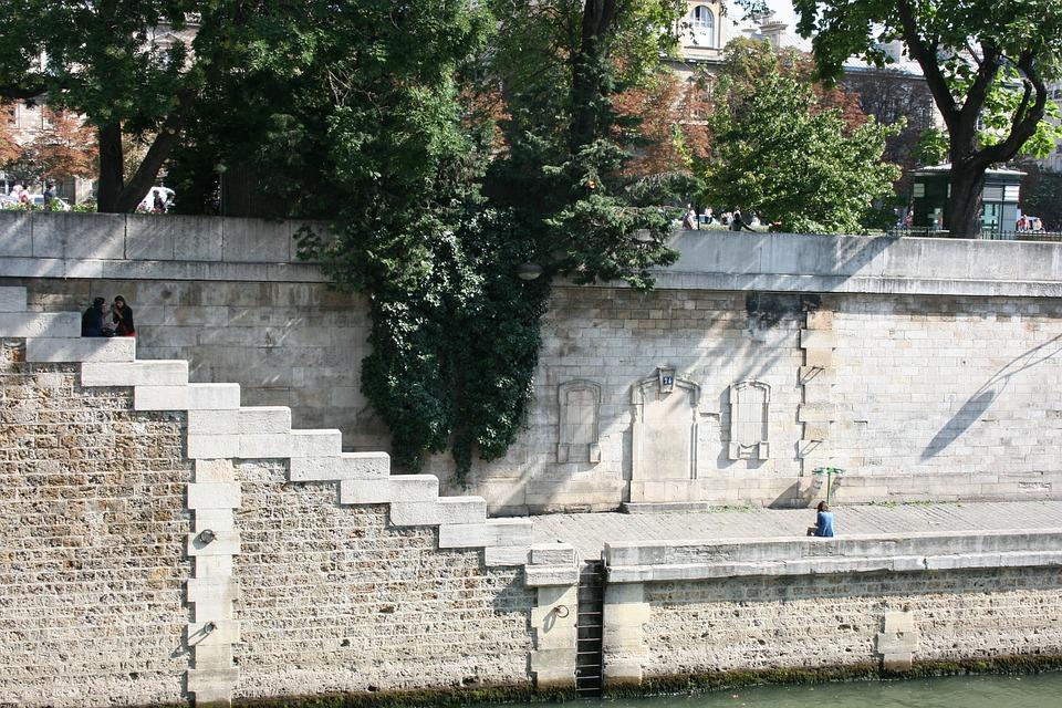 Quay Of The River Seine, Paris, Steps, Ladder