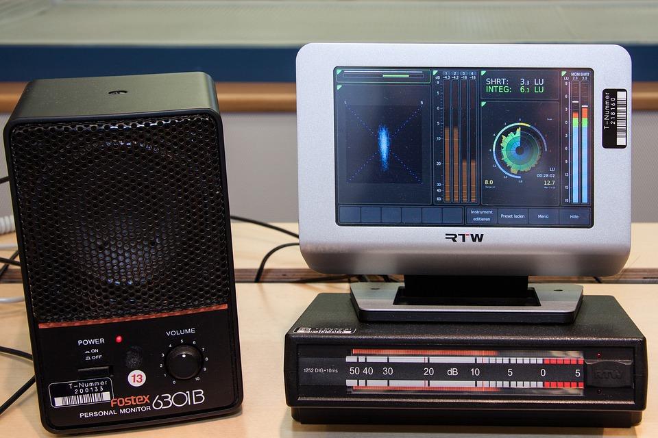 Stereo Vision, Goniometer, Speakers, Sound Studio