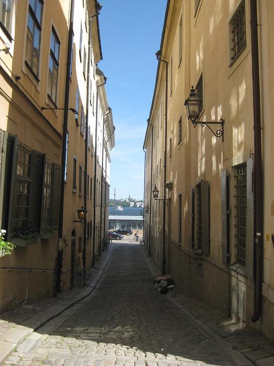 Stockholm, Gamla Stan, Old Town, Alley, Sun, Facade