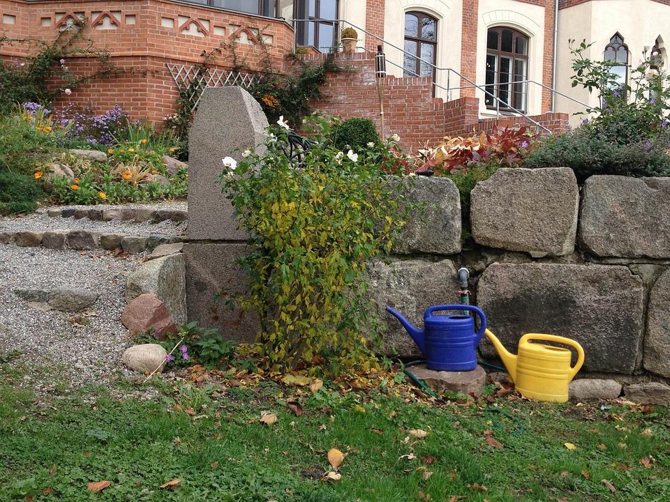 Watering Can, Garden, Stone Wall, Schlossgarten