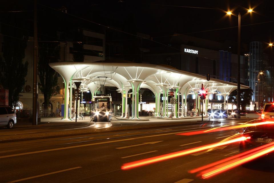 Munich Liberty, Stop, Tram, Night, Traffic Lights