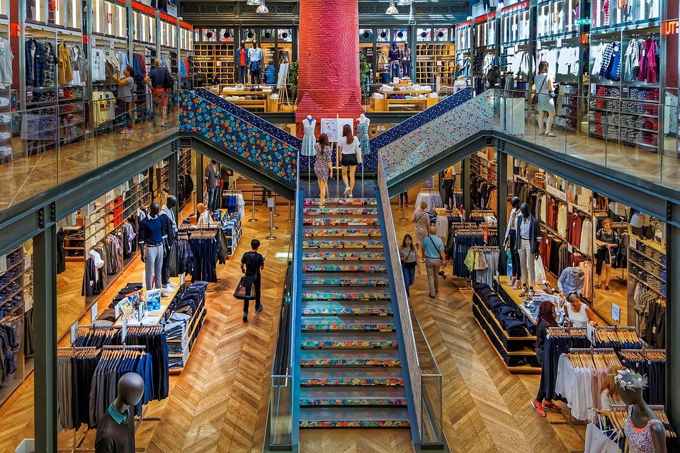 Paris, Store, Tourism