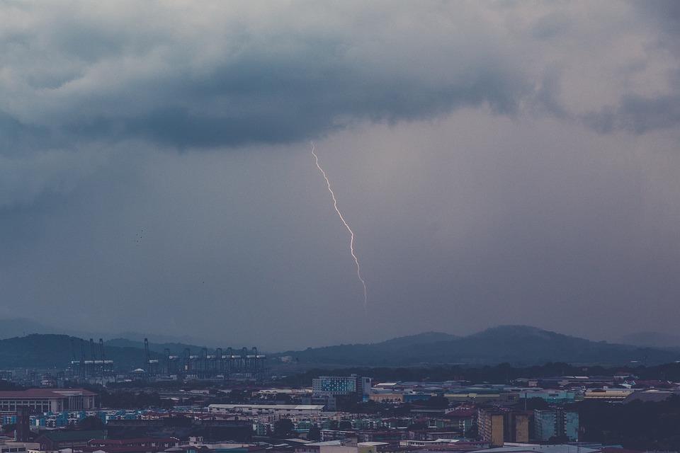 Lightning Storm Clouds Dark Sky Cloudy City