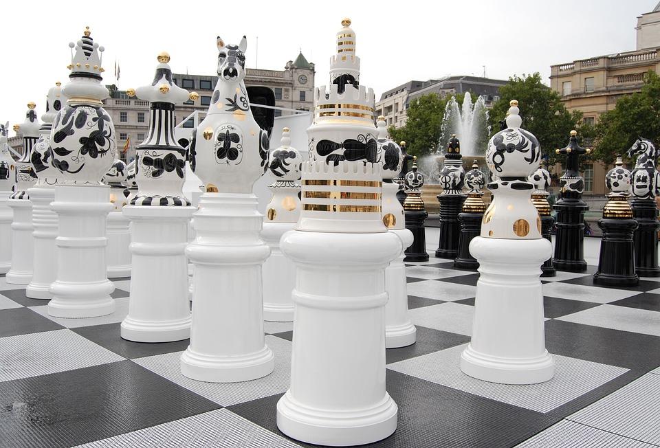 Trafalgar Square, Chess, Black, White, Strategy