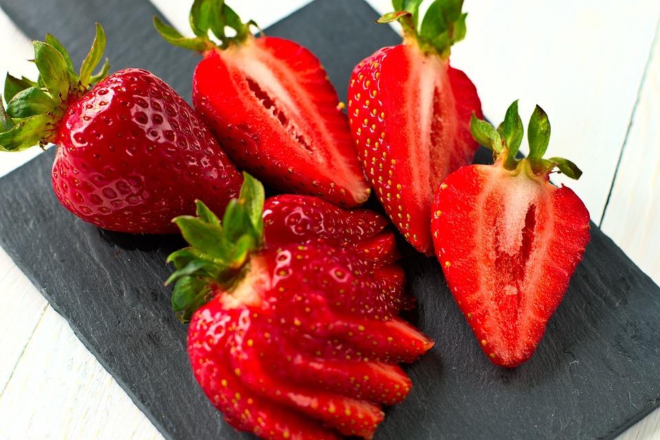 Strawberries, Fruit, Slate, Berries, Organic, Produce