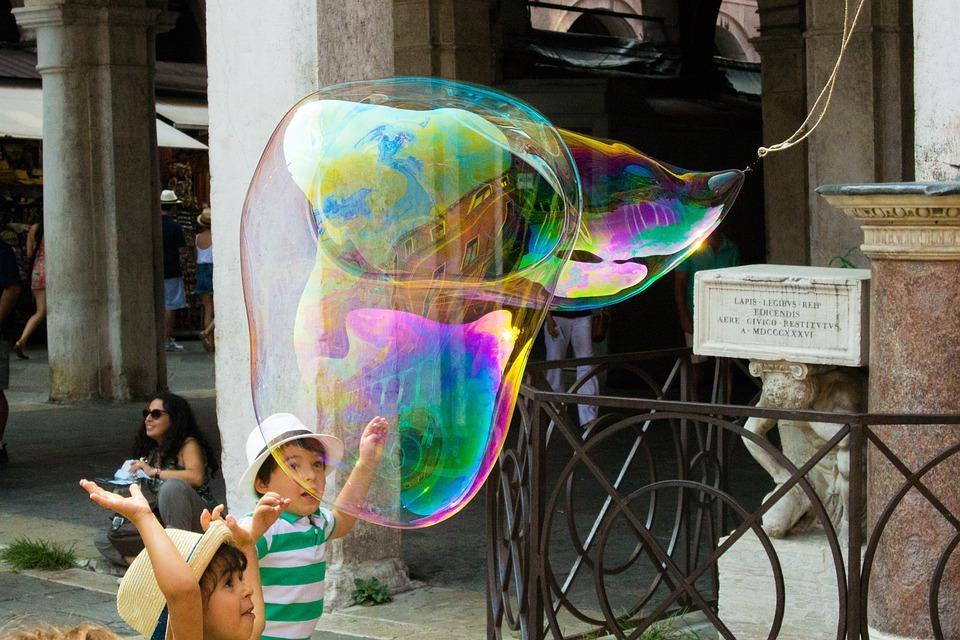 Soap Bubble, Street Artists, Artists, Float, Shimmer