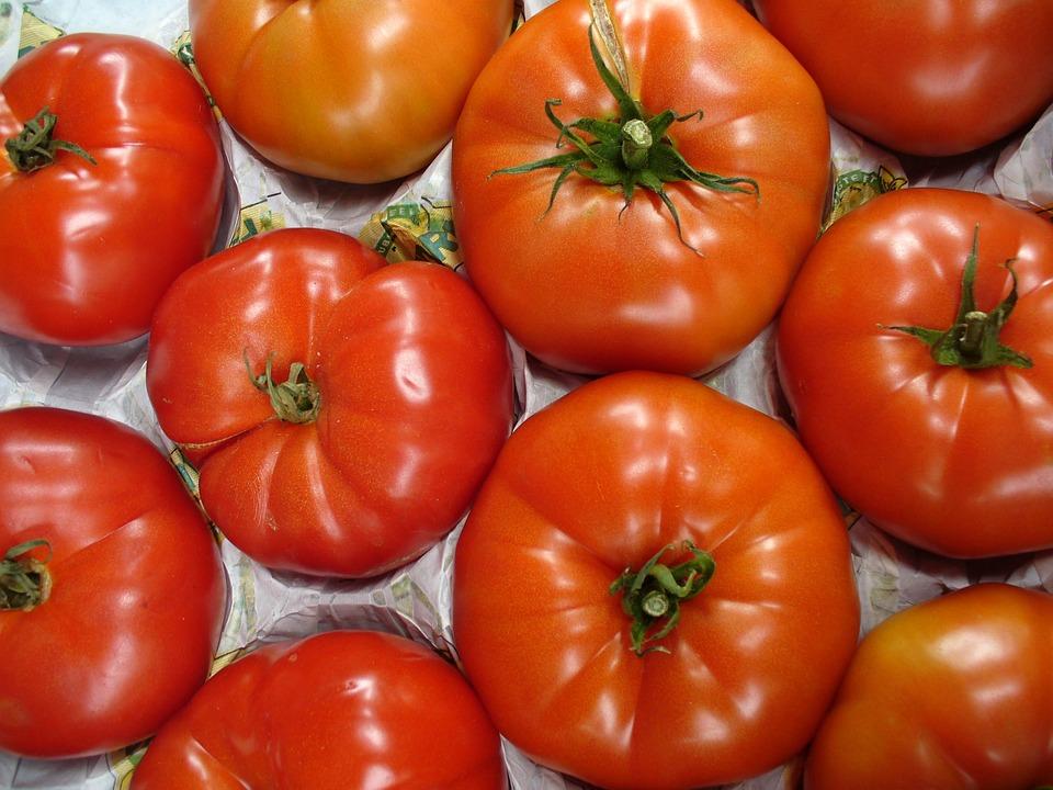 Vegetables, Tomatoes, Street Market, Form, Color