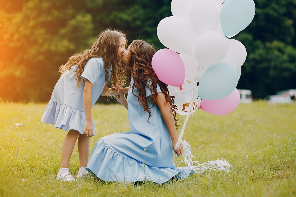Mom, Daughter, Beauty, Girl, Family, Happiness, Stroll
