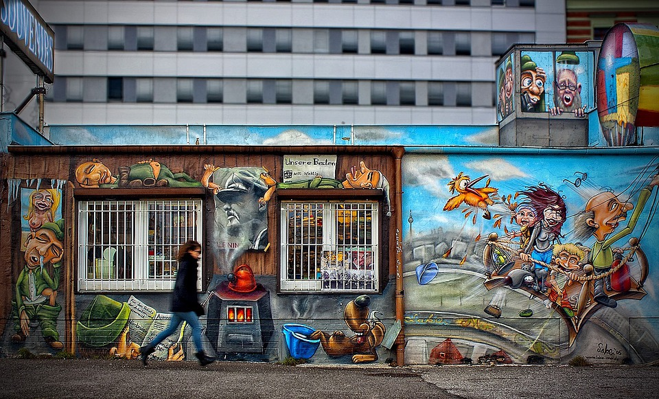 East Side Gallery, Berlin, Germany, Structures