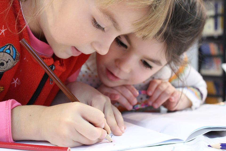 Kids, Girl, Pencil, Drawing, Notebook, Study, Vdvoem