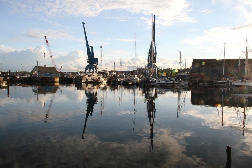 Ipswich, Marina, Cranes, Boat, Water, Suffolk, Sky
