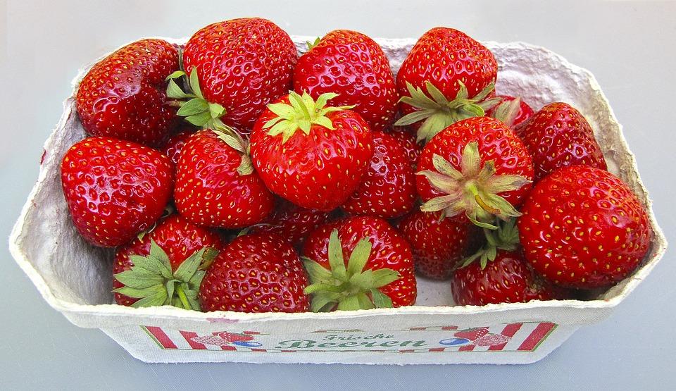 Strawberries, Shell, Berries, Fruit, Soft Fruit, Summer
