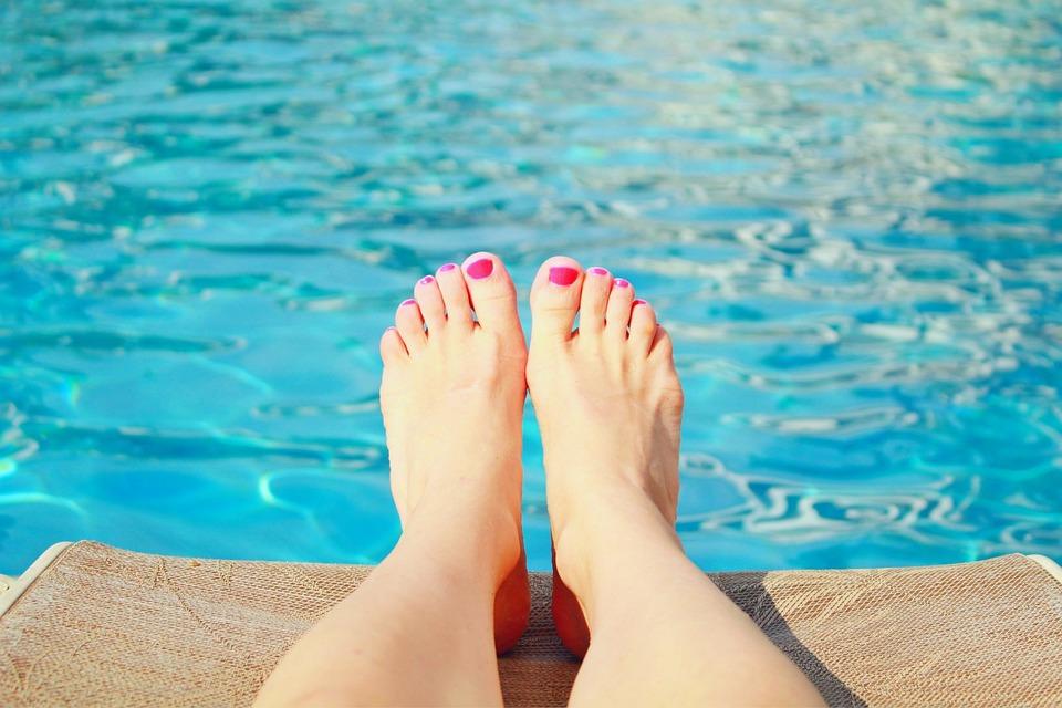 Swimming Pool, Toes, Summer, Pool, Water, Swimming