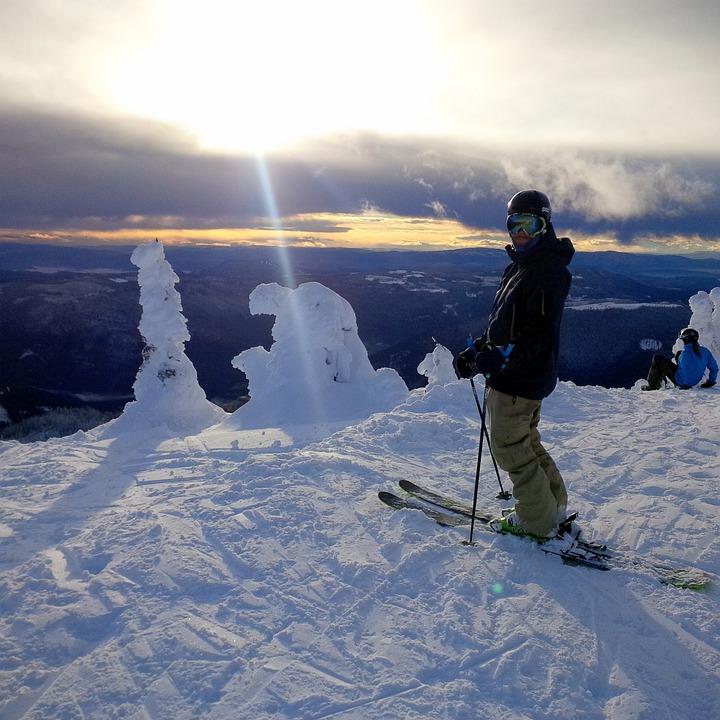 Skiing, Sun Peaks, Bc