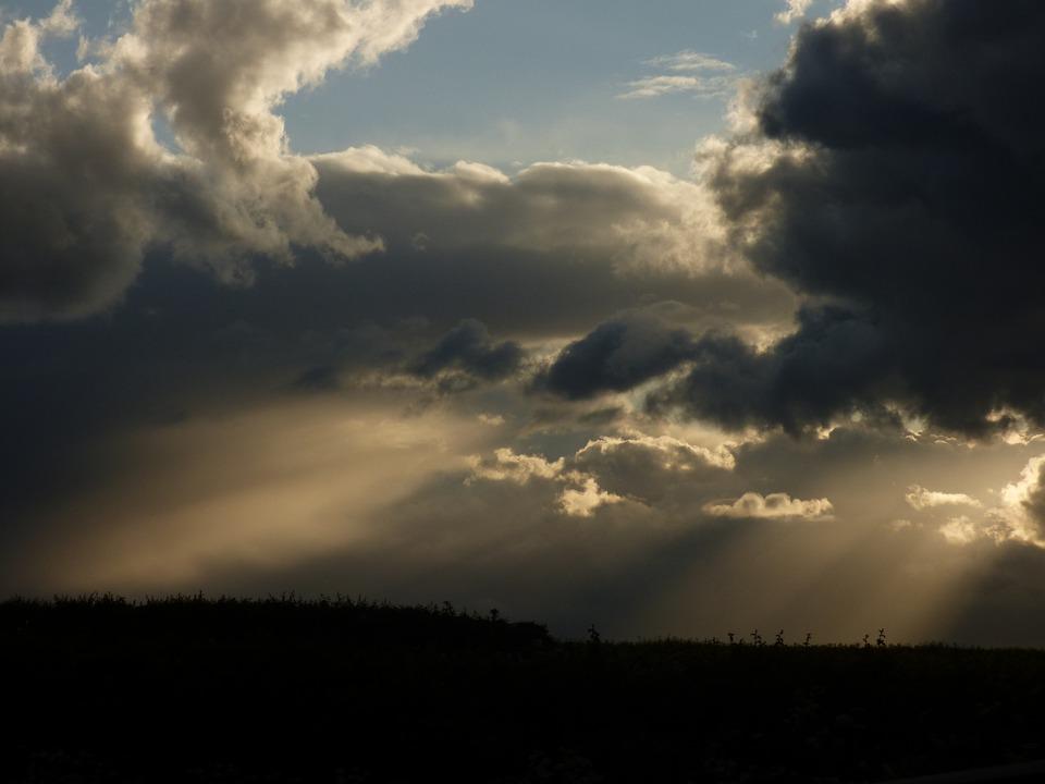 Sunbeams, Clouds, Evening Light
