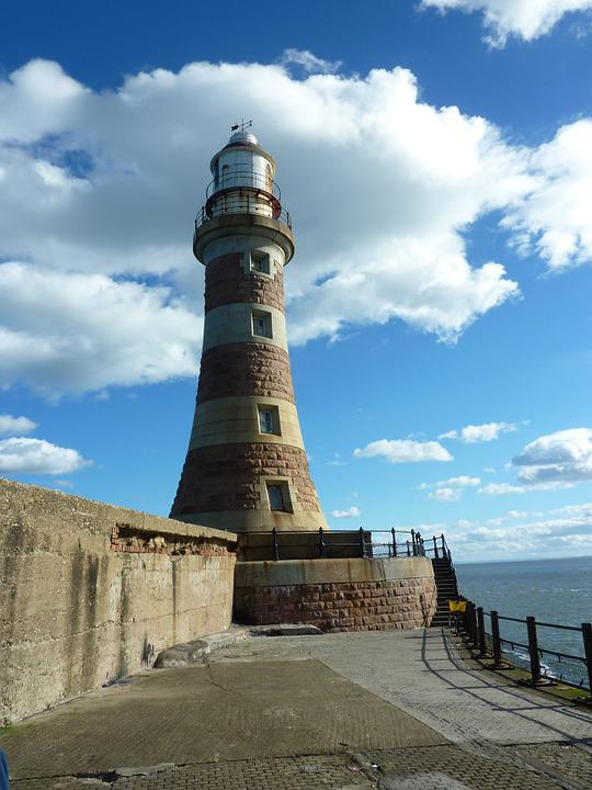 Lighthouse, Sunderland, England, Ocean, Coastline