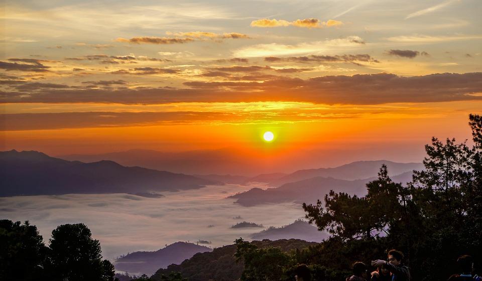 Huai Nam Dang, Chiang Mai Thailand, Sunrise