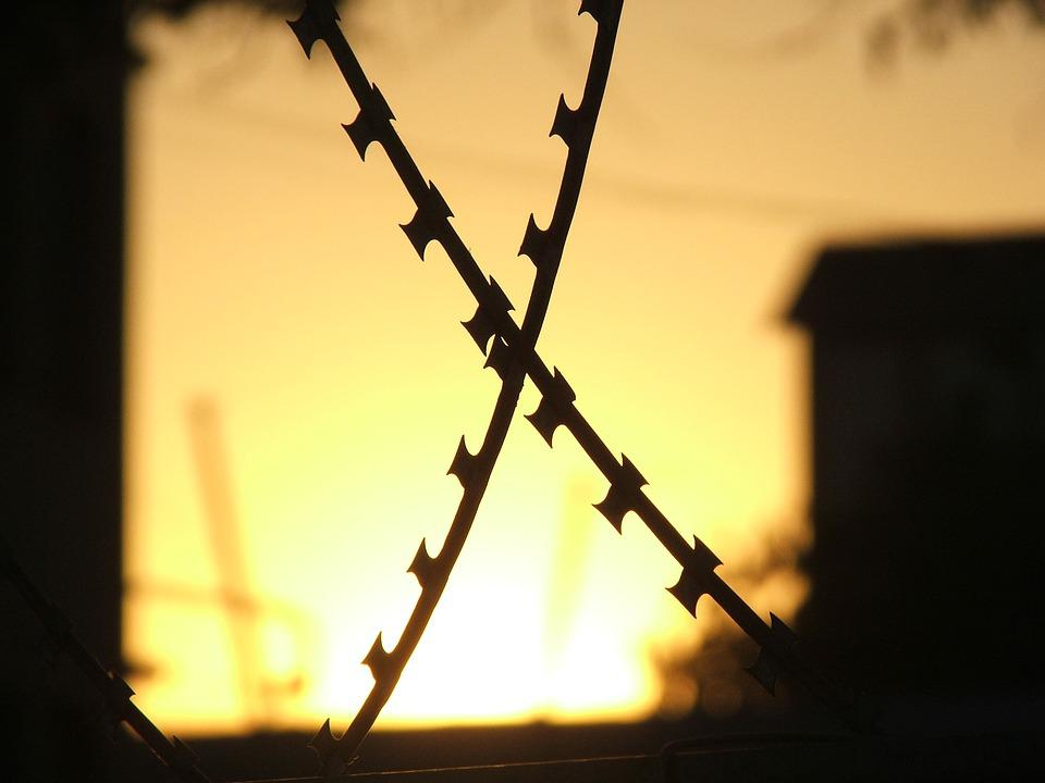 Haydarpaşa, Barbed Wire, Sunset