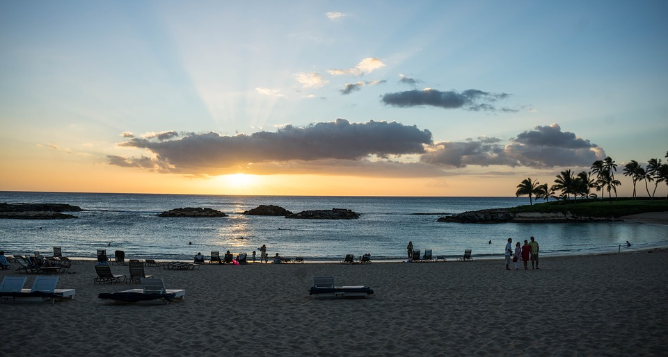 Sunset Hawaii Sun Rays People Person Beach Ocean