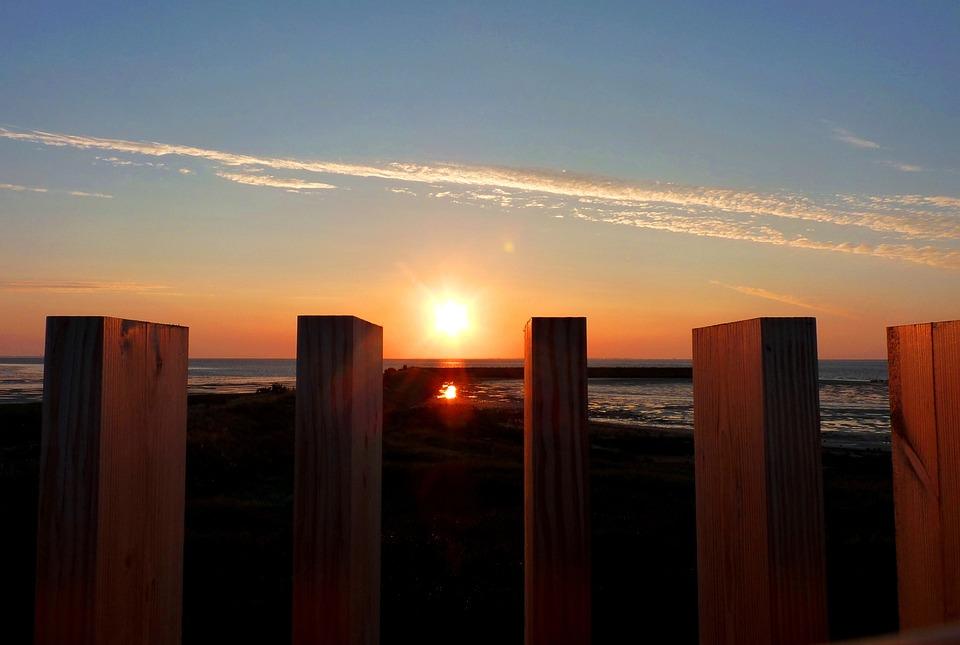Sunset, Sea, Poles, Wood, Water, Nature, Heaven