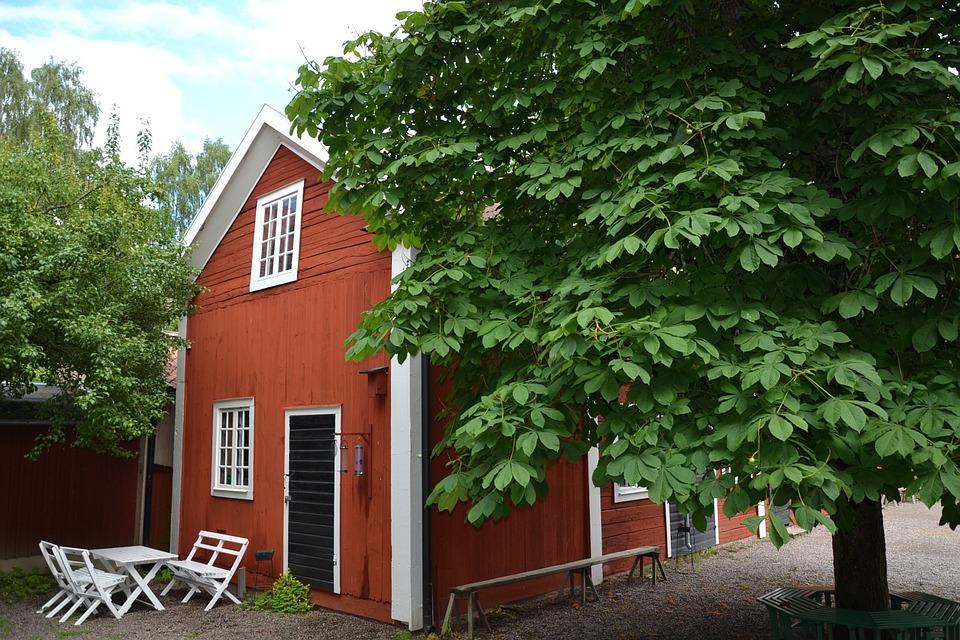 Sweden, Sverige, Linköping, Skanzen, Tree, Red