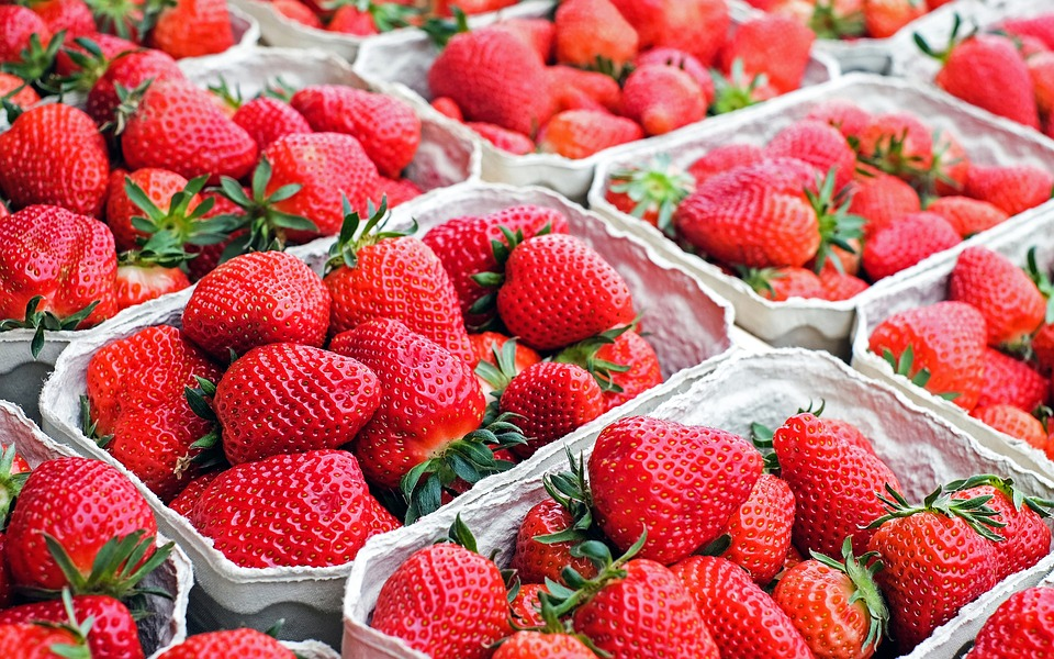 Strawberries, Fruit, Red, Sweet, Fruits, Market