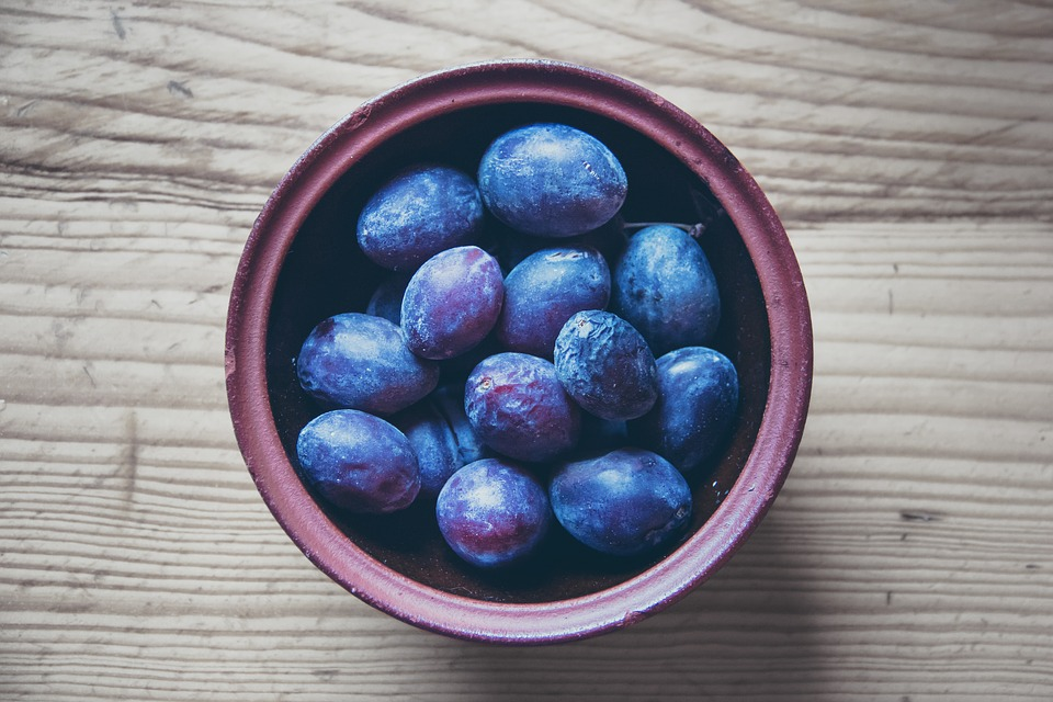 Plums, Fruit, Sweet, Vegetarian, Vitamin, Food, Organic