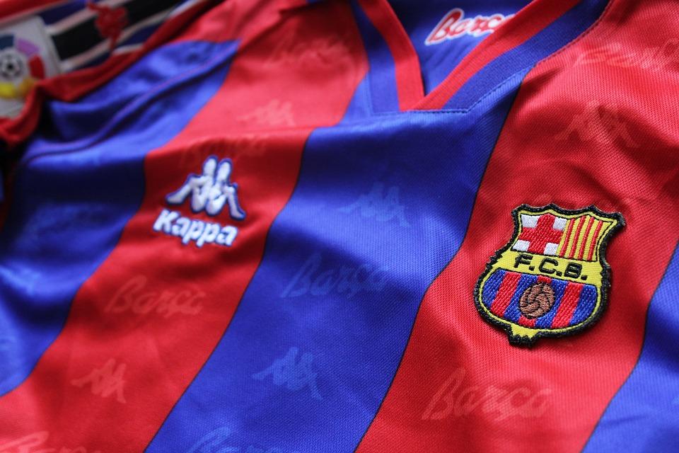 Free photo T-shirt Futbol Barcelona Fc Football Jersey Soccer