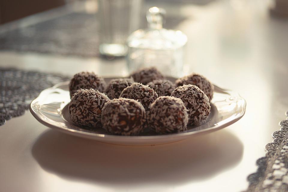 Chocolate, Table, Balls, Plate