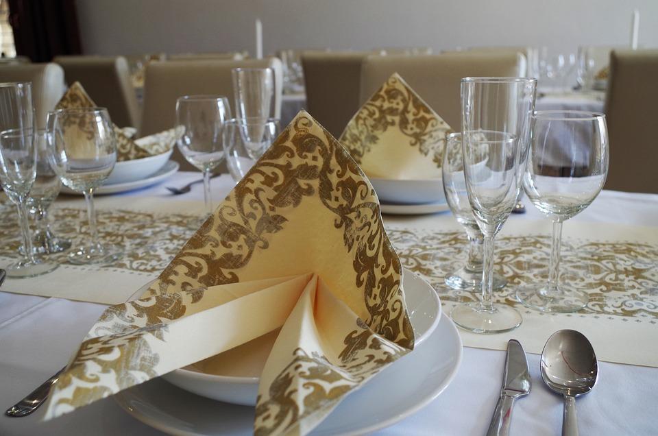 Table Manners, Serviettes, Place Setting, Restaurant