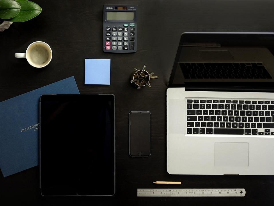 Tidy Desk, Macbook, Ipad, Iphone, Tablet, Mobile