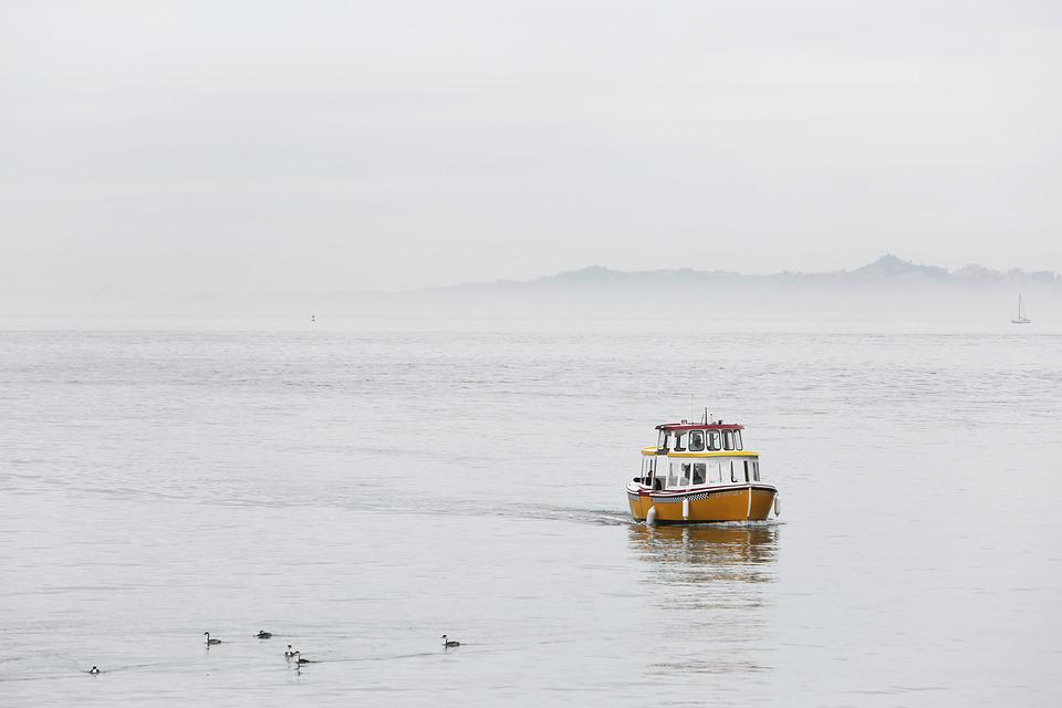 Taxi, Boat, Ocean, Sea, Lake, Water, Cloudy, Sky, Grey
