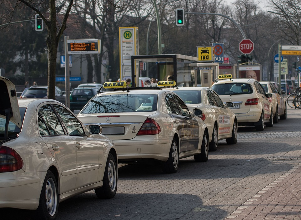 Taxis, Taxi Stand, Taxi, Passengers, Taxi Rank